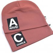Rust  beanie with name - Letter and name