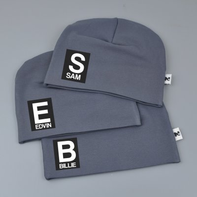 Darg grey beanie with name - Letter and name