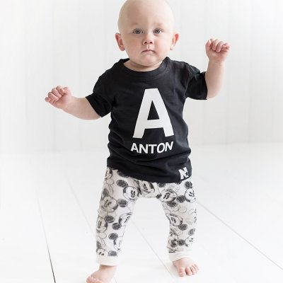 T-shirt - Letter and Name (black)